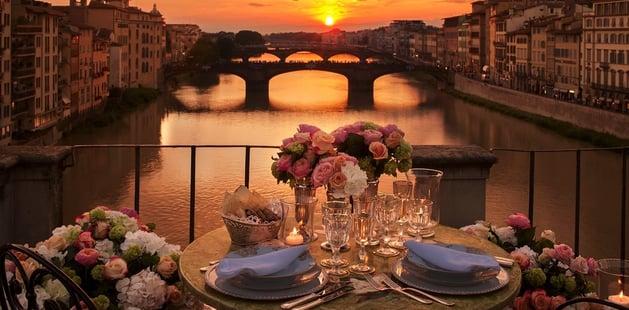 romatic-dinner-florence-615654-edited.jpg