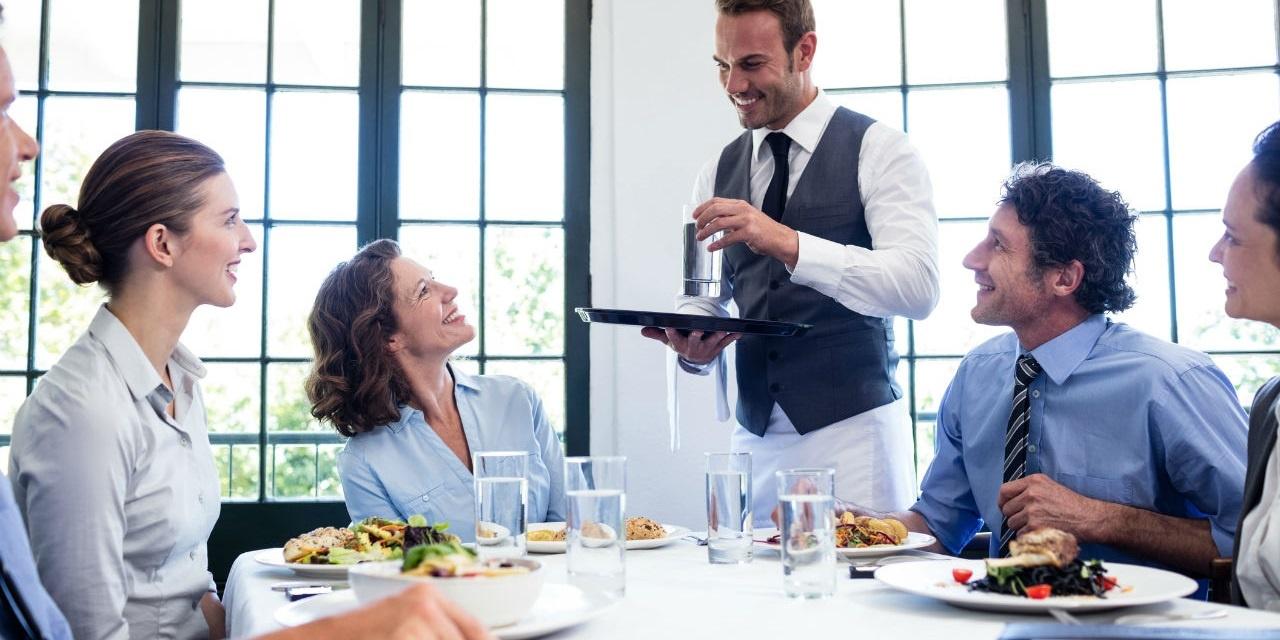 hospitality-sms-marketing-2