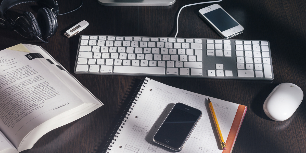 6 Reasons to Use Text Message Marketing for Small Businesses on a Budget