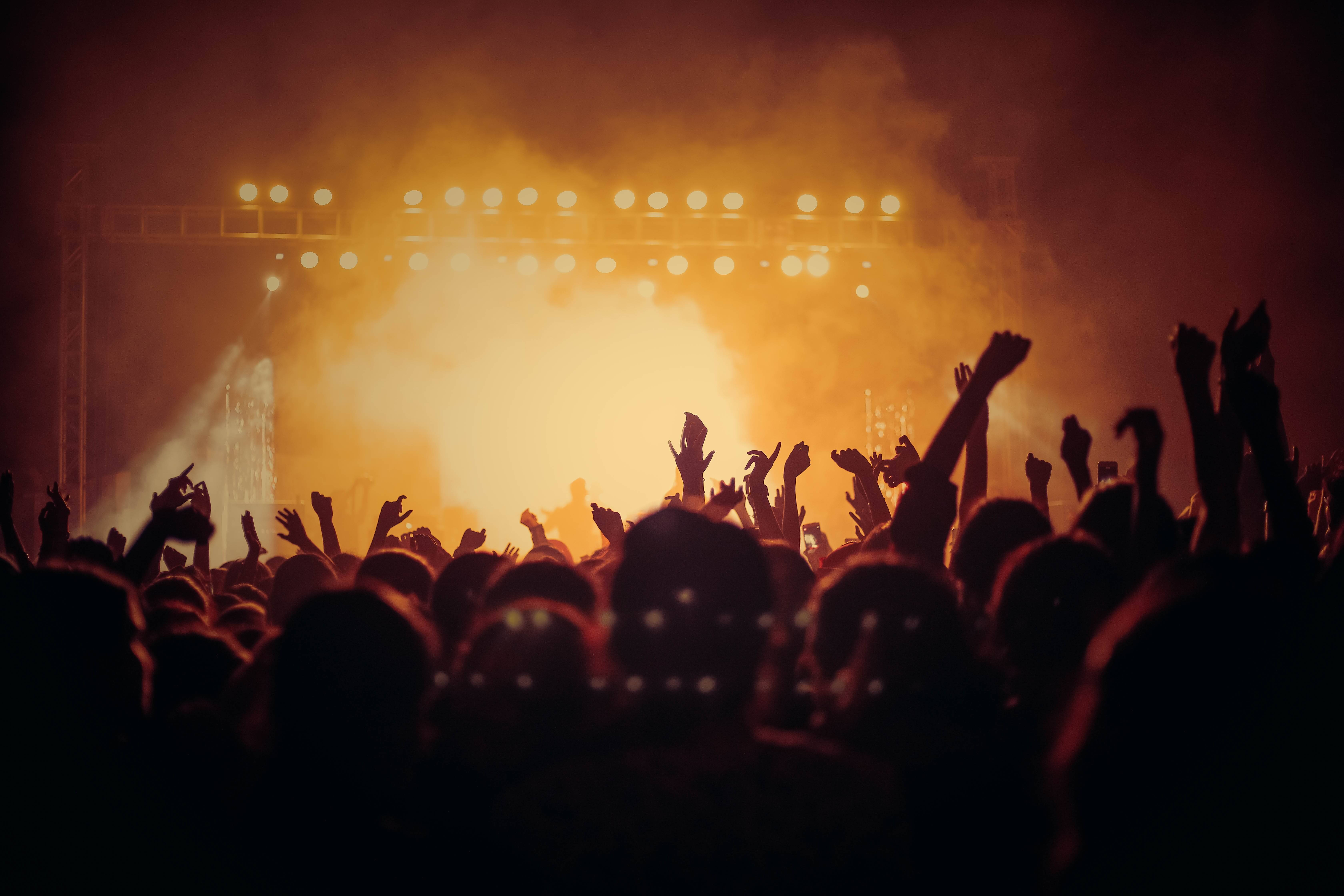 How to Promote Concerts and Entertainment Using Text Messaging