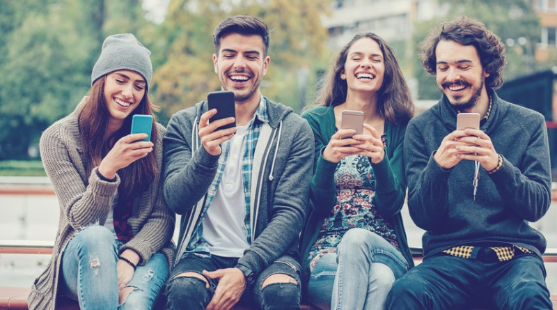 Two-Way Texting: Get Closer and Listen to Your Customers